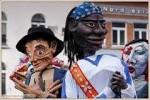 marionettes géantes