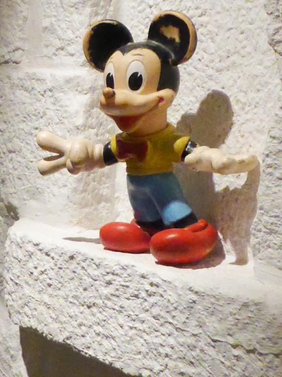 Mickey CéCé