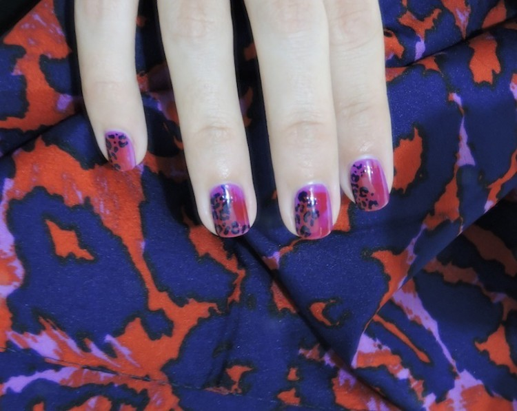 nail art dvf