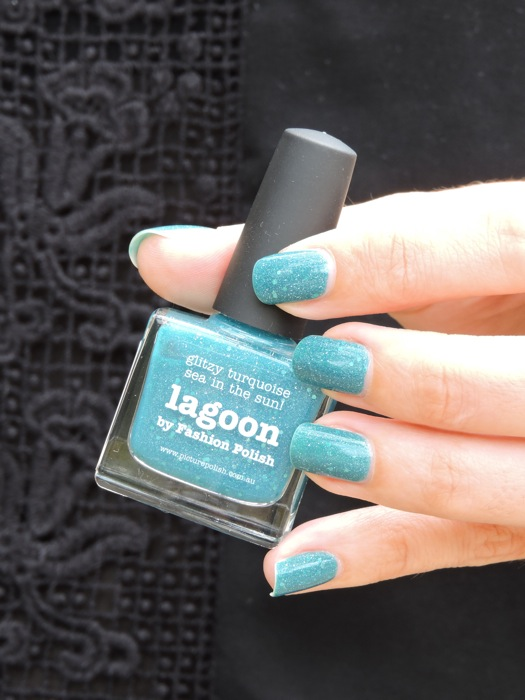 lagoon picture polish
