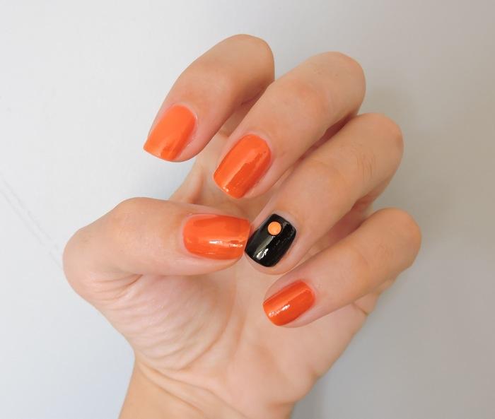 nail art orage et noir