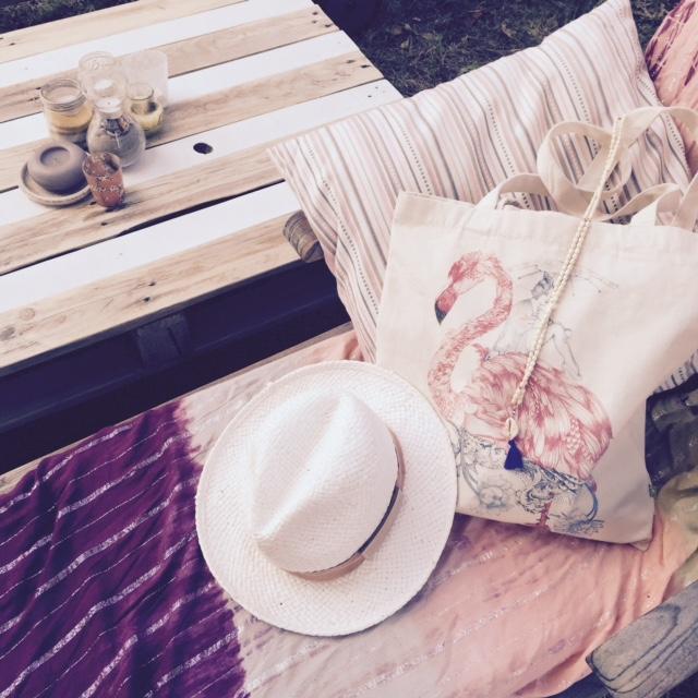 Bernstock-chapeau-tote-bag-grizette-corie-melle-oups