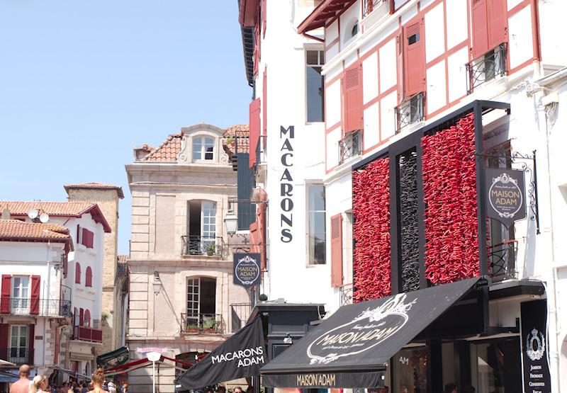 Boutique-jean-vier-culture-basque-saint-jean-de-luz