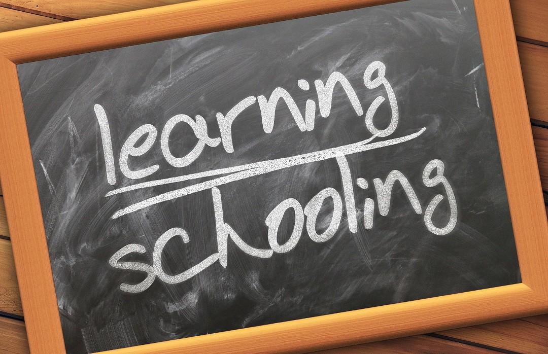 autonomie-enfant-montessori-apprentissage
