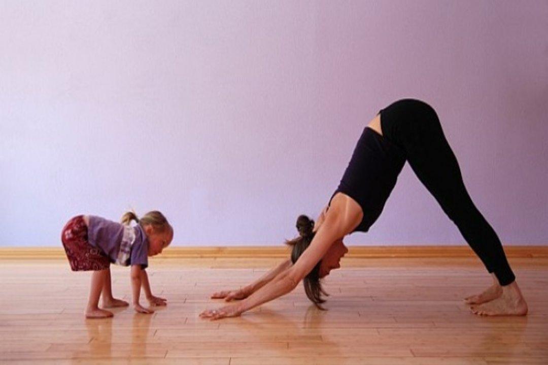photo-yoga-maman-enfant