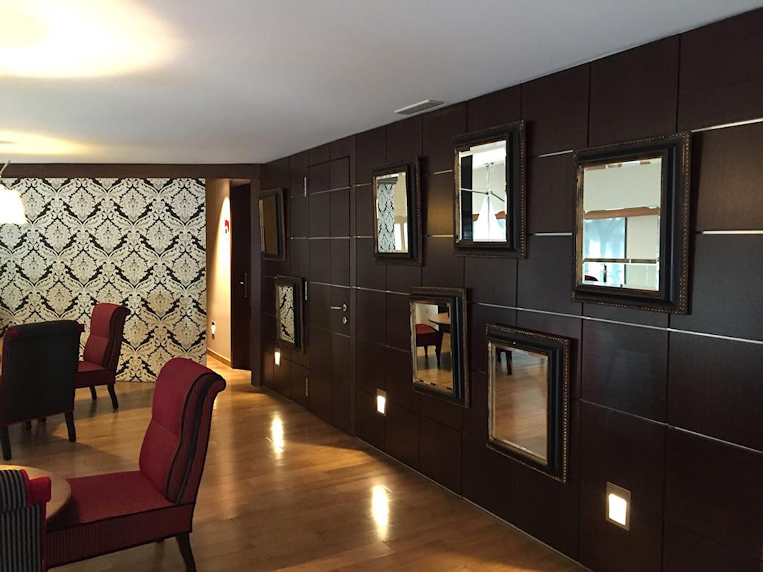 hôtel-villa-Emilia-visit-to-Barcelone-salon