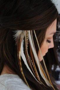 color-plume-cheveux-bazar-chic-