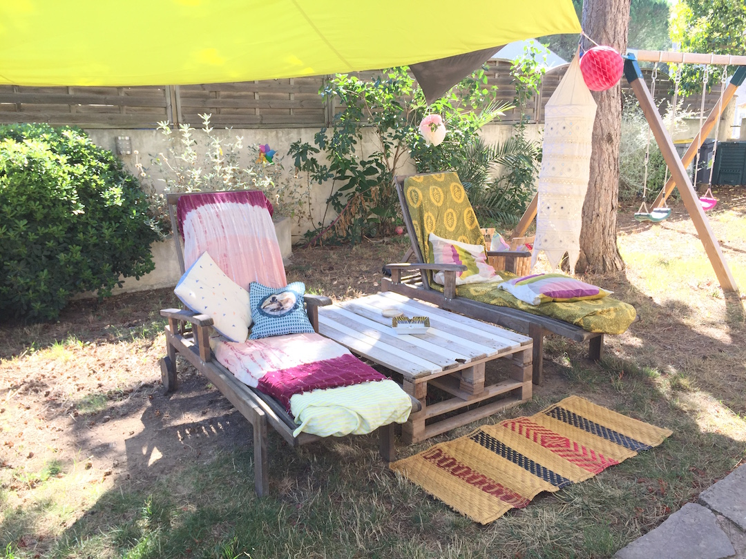 Diy la table en palette ou l 39 upcycling au jardin lcdm for Table exterieur diy