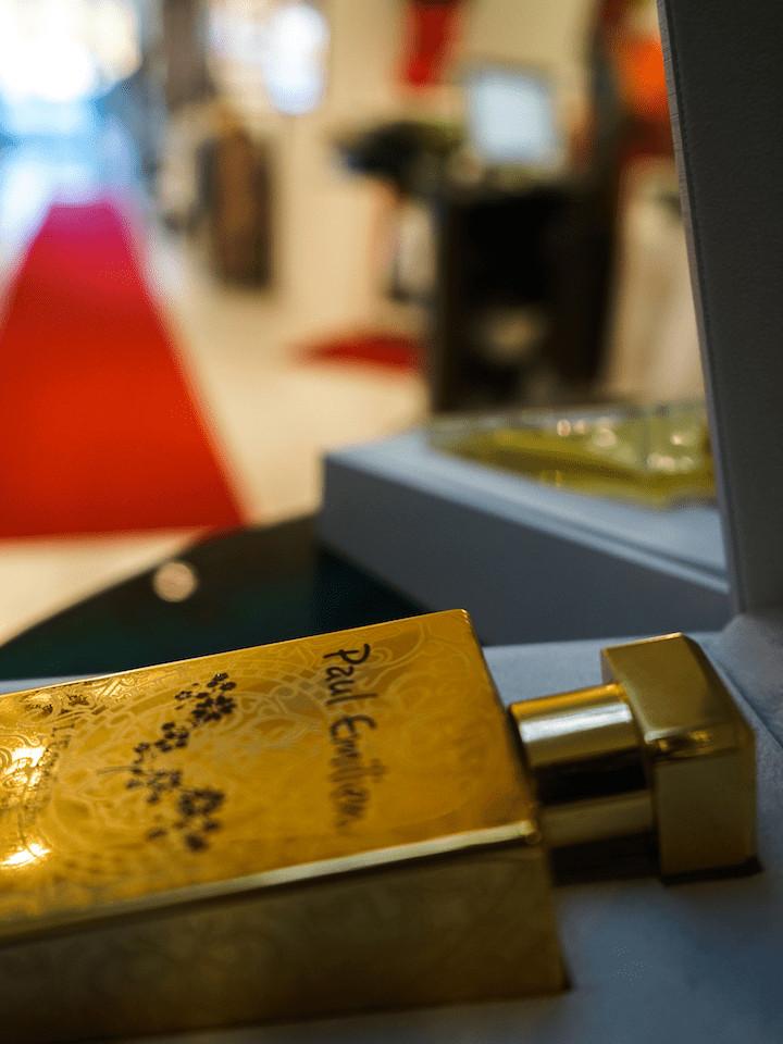 Tapis-rouge-boutique-vetement-blog-les-chroniques-de-myrtille-2