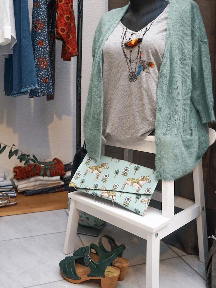 Tapis-rouge-boutique-vetement-blog-les-chroniques-de-myrtille-8
