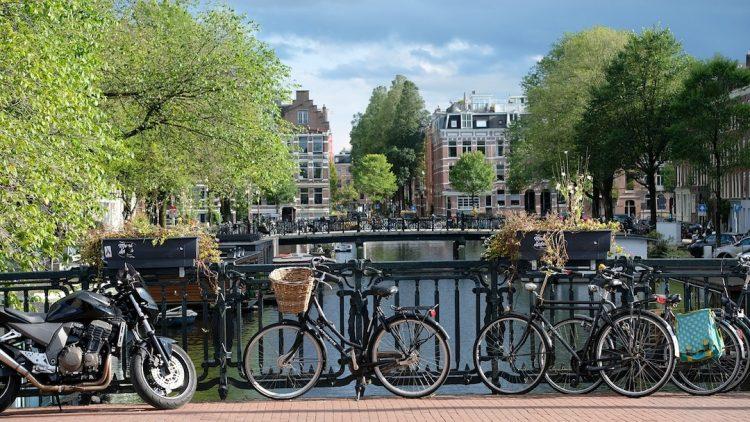 amsterdam-lcdm-blog