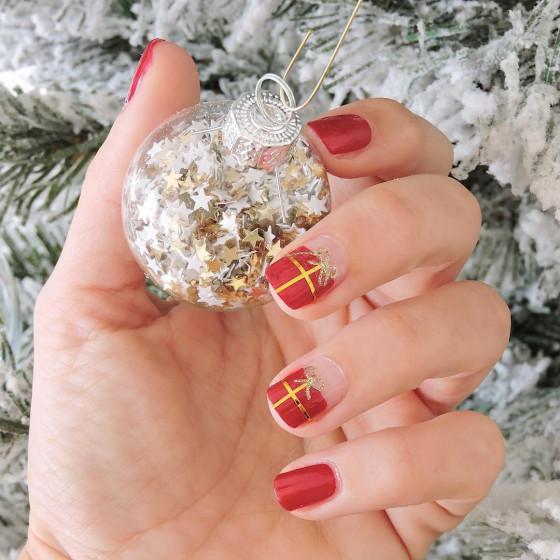 Noël sur vos ongles avec Lelou Nail Art