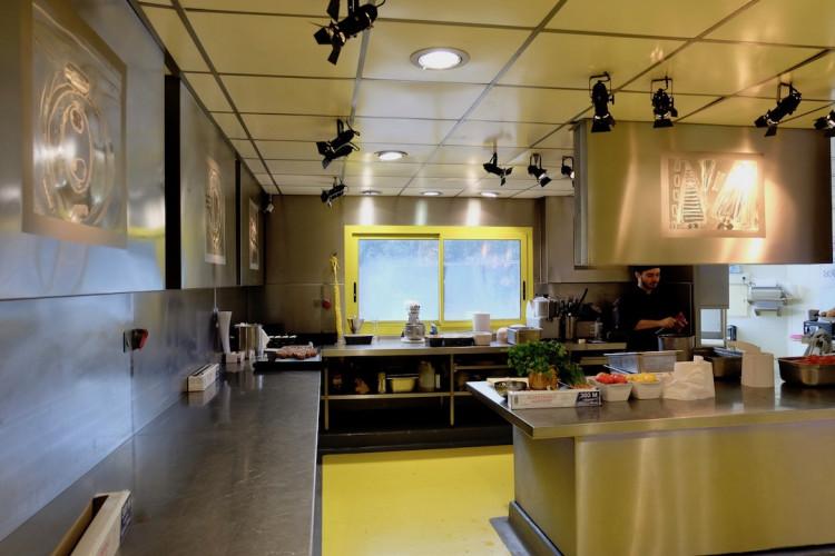 les cuisines du restaurant Les Grands Buffets à Narbonne