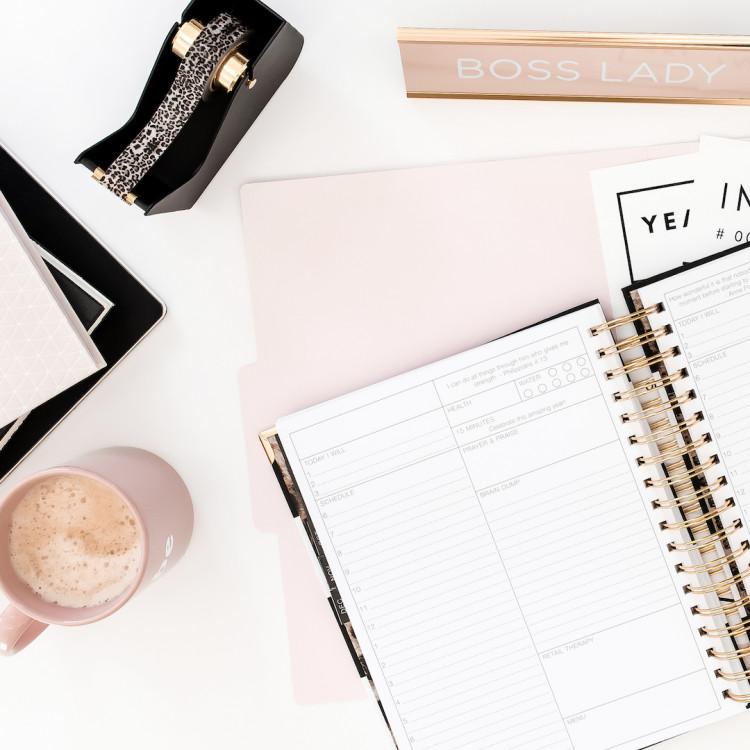 bureau de femme entrepreneur nouveau design blog LCDM