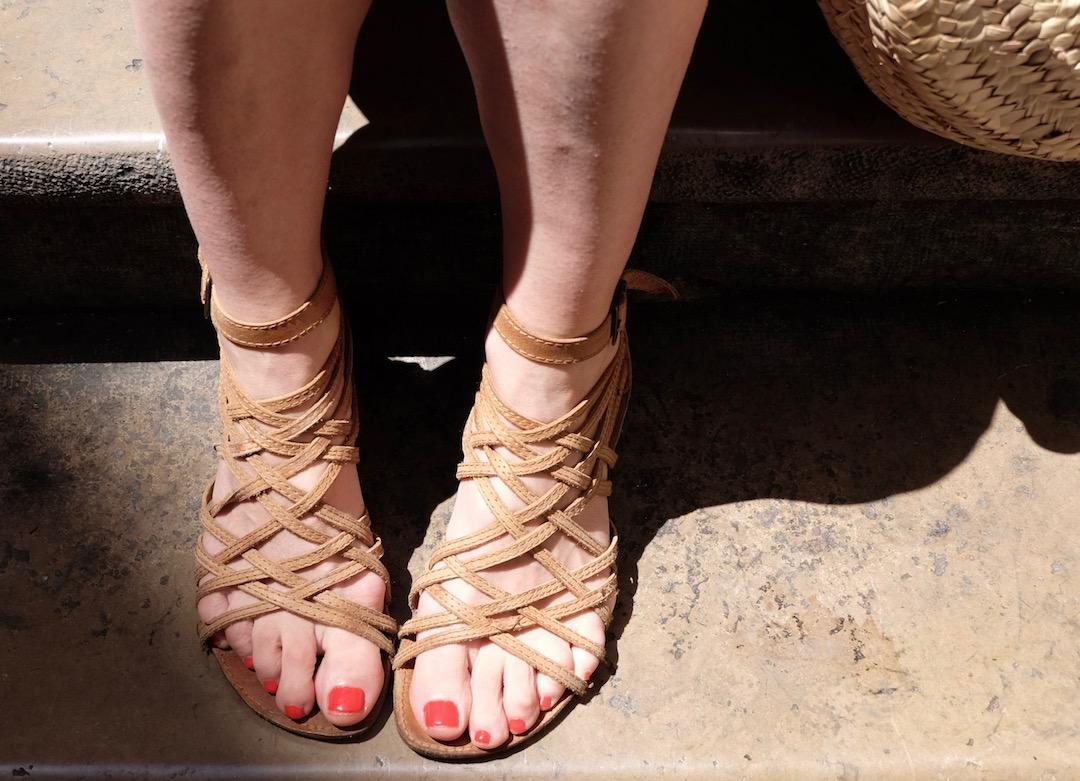 sandales-lannieres-en-cuir-