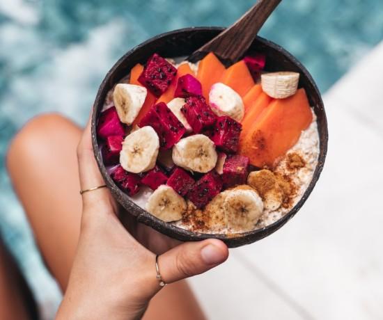 Bol de petit déjeuner healthy