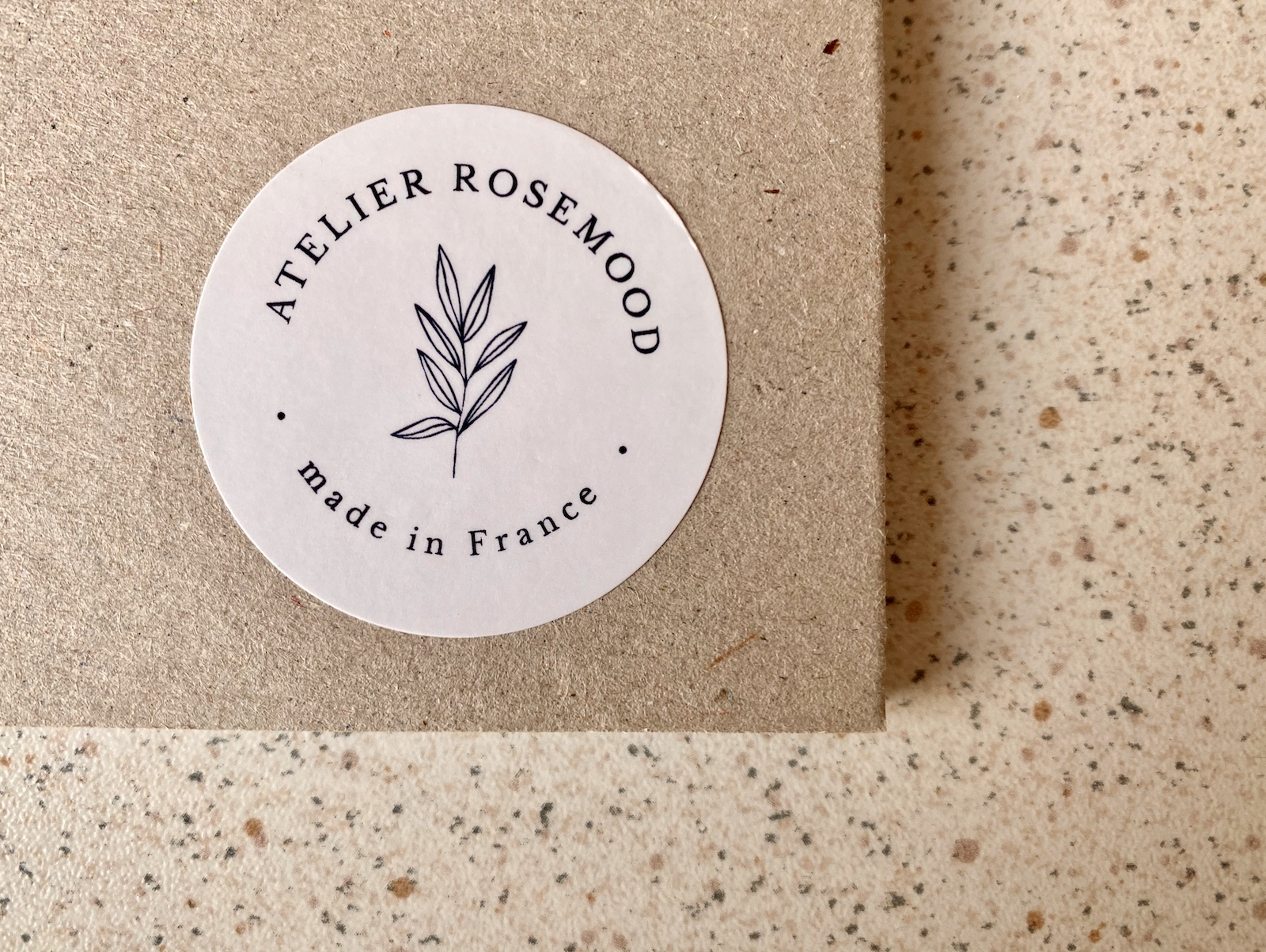 logo rosemood atelier